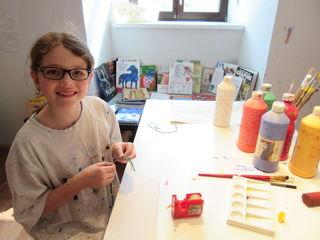 Magdalena Schrempf (10) besucht die Malakademie KIDS in Brunn am Gebirge
