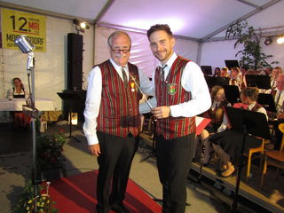 Florian Bakanic übergibt den Taktstock an Mario Schulter