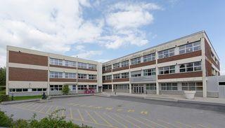 In dem Schulkomplex ist man um sachliche Aufarbeitung bemüht, auch wie man in Zukunft mit Bedrohungen umgehen wolle.