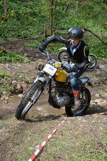 Moritz Mayr Harting vom Trial Team Traisental auf seiner BSA C15.