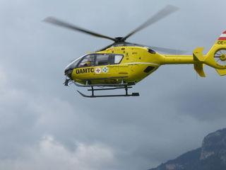 Der Rettungshubschrauber rückte heute Morgen zu einem Arbeitsunfall in Pörtschach aus