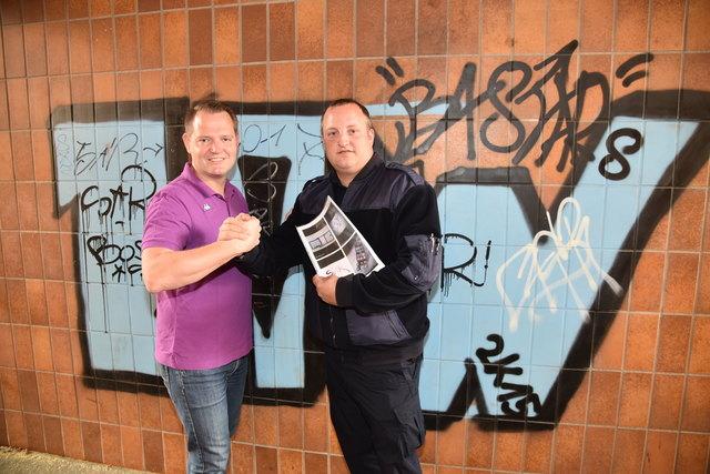 Sicherheitspartner Gerhard Zwinz (r.) und Vizebürgermeister Christian Samwald (l.) bei der Bahn-Unterführung Stadtzentrum.