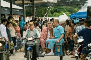 Dieses Jahr beim WOCHE Sommerkino: Der Hunderteinjährige, der die Rechnung nicht bezahlte und verschwand