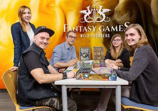 Das Organisationsteam (Hannah Stögermüller, Bernhard Stegh, Cihan Yildirim, Simone Beer und Thomas Grünbauer) freut sich auf ein spannendes Spiele-Event.