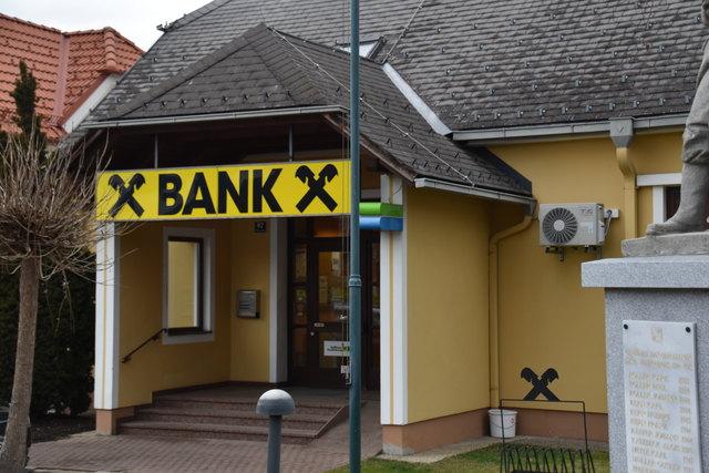 Die frühere Raiffeisen-Filiale Minihof-Liebau hat die Gemeinde gekauft, ...