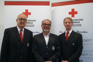 Bezirskhauptmann Dieter Goppold, Franz Leisch und Alexander Kaineder (v.li.)
