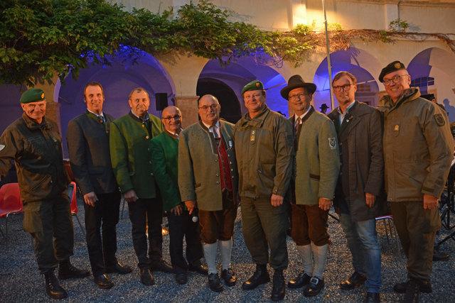 Am Bild (v.l.): Gerhard Schweiger, Heinz Gottfried, Alois Breisler, Franz Kreimer, Wilfried Bauer, Hannes Lackner, Klaus Maurer, Erwin Eggenreich und Heinz Zöllner