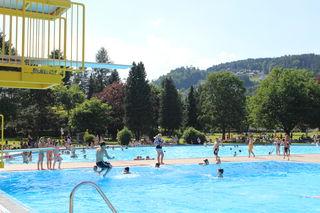 Das Bärnbacher Schlossbad zählt den Top-Destinationen im Bezirk. Wenn das Wetter mitspielt.