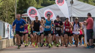 Zahlreiche Läufer gingen bereits im Vorjahr bei sechs unterschiedlichen Stationen beim X-Run an den Start.