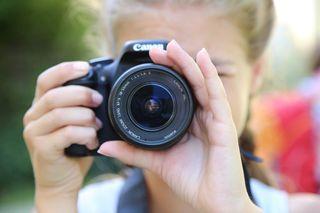10- bis 14-Jährige erhalten beim Talentolino Fotografiekurs zahlreiche Tipps für das perfekte Foto.