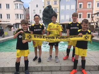 Wenn es genug Anmeldungen gibt, könnte die Evonik-Fußballschule des BVB ein Fixpunkt in Schärding werden.