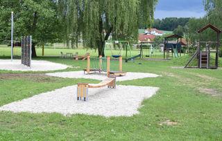 Der Spielplatz lässt Kinderherzen höher schlagen.