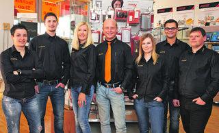 Johann Kern (Mitte) und seine Mitarbeiter.