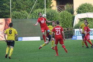 Rexhe Bytyci (rot, li.) war mit zwei Treffern der Matchwinner für sein Team.