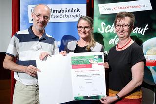 Klimaschutzbeauftragter Andreas Drack, Stefanie Mayrhauser (KEM Mondseeland) und Ulrike Schwarz.