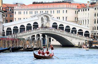 Rialtobrücke in Venedig, Bogenbrücke, Italien, Sestiere San Polo, 30125 Venezia VE