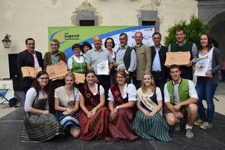 Viertelsfest der Landjugend Mostviertel: Zahlreiche Vertreter aus dem Bezirk Scheibbs waren auf der Schallaburg dabei.