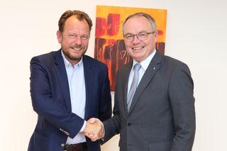 Land&Forst-Obmann Dipl. Ing. Markus Hoyos und LH-Stellvertreter Dr. Stephan Pernkopf