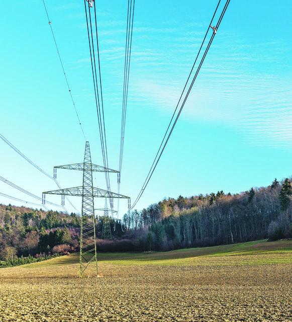 Eine Starkstromleitung soll durch den Bezirk führen.
