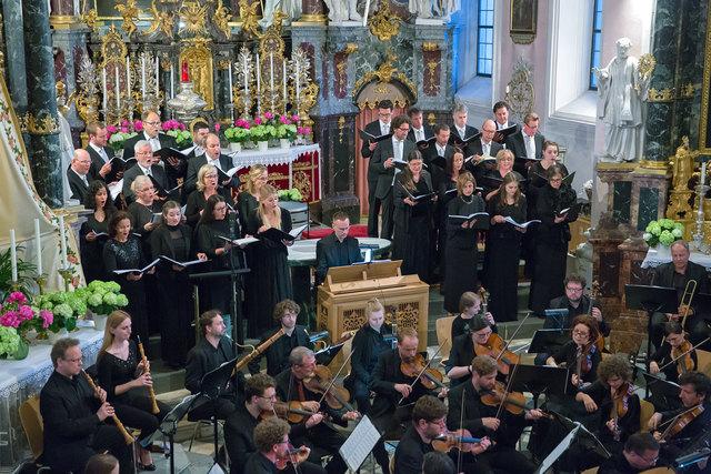 Der heimische Chor NovoCanto überzeugte in der Wallfahrtskirche Götzens auf ganzer Linie.