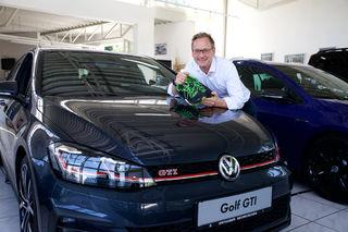 Hat bereits seine Laufschuhe ausgepackt: Karl Orthuber und sein Autohaus unterstützen den 4. Neunkirchner Firmenlauf.