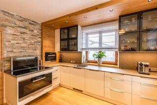 Die Küche ist ein Treffpunkt und Kommunikationsraum für die gesamte Familie.