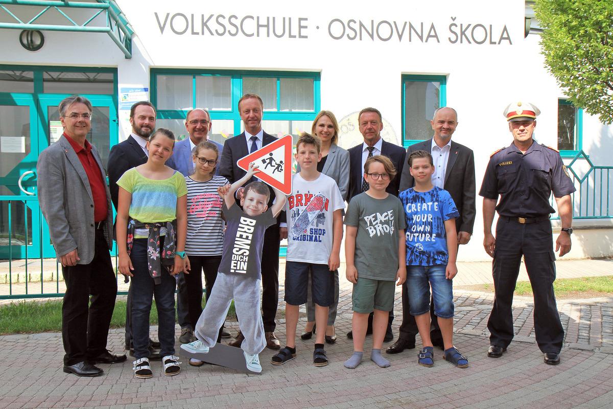 """Start der Verkehrssicherheitskampagne Burgenland 2018 unter dem Leitsatz """"Kinder sicher unterwegs"""" in Trausdorf."""