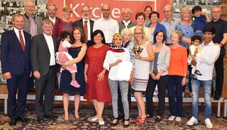Solidaritätspreis der Kirchenzeitung an die Flüchtlingsbetreuer der Pfarre Pabneukirchen.