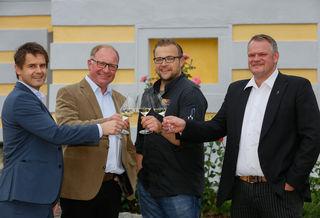 Roman Horvath MW (Weingutsleiter Domäne Wachau), Johann Martin (Obmann Domäne Wachau), Michael Kolm (Bärenhof), Heinz Frischengruber (Kellermeister Domäne Wachau)