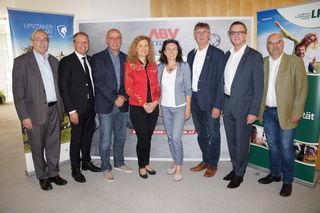 Ernst Meixner, Bernd Osprian, Karl Petinger, Elfriede Pfeifenberger, Sonja Hutter, Engelbert Köppel, Helmut Linhart und Kurt Riemer
