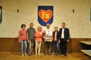 Von links: Monika Stumbauer, Wilhelm Stumbauer, Hildegard Stummer, Otto Purner, Gerda Leibetseder und Bgm. Hermann Reingruber