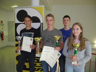Die erfolgreichen Poly-Schüler Simon Hirtl, Franz Riegler, Stefan Bachner und Carina Haydn.