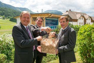 Bürgermeister Lukas Wolte (l.) mit den Geschäftsführern von Glock Energie GmbH Franz Krammer und Josef Korenjak