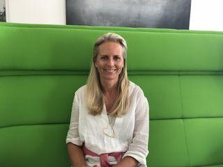 Moderatorin und Medienfachfrau Regina Preloznik gründete im Herbst 2017 Senior-Ina, ein niveauvolles Netzwerk für ältere Herrschaften.