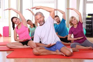 Beste Stimmung und Freude an der Bewegung herrscht bei der Gruppentherapie vor.
