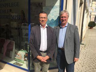 Klaus Köpplinger und Gerhard Schödinger freuen die aktuellen Zahlen.
