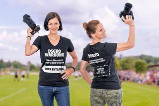 Kreative und karitative Lösung: Fotografen üben DSGVO-Kritik im T-Shirt