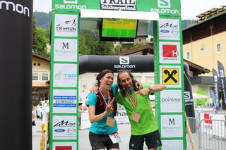 So sehen Sieger nach sieben Gipfeln und 84 Kilometer aus: Bianca Loge und Gerald Fister eroberten die sieben Gipfel auf 84 Kilometer am schnellsten.