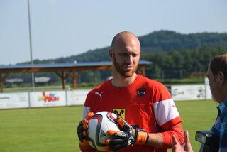 Der Birkfelder Ex-Teamtorhüter Robert Almer hat seine Spielerkarriere beendet, bleibt der Bundesliga aber erhalten.