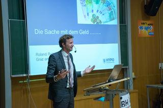 Hielt einen spannenden Geld-Vortrag: R. Roitner