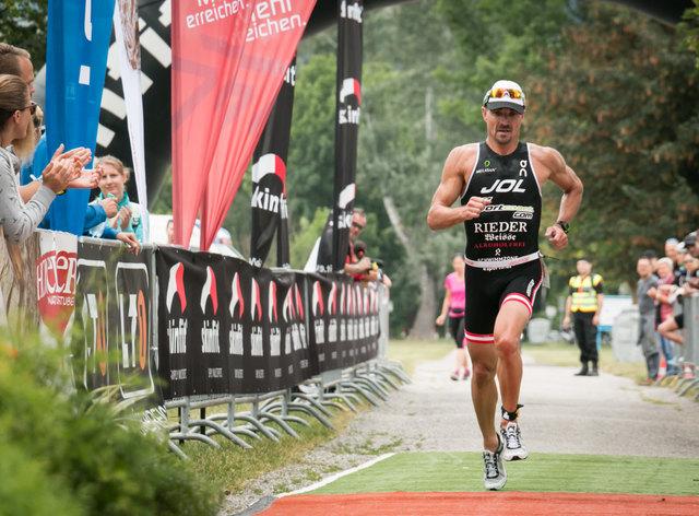 Gerald Will lief beim Triathlon in Linz auf den 2. Platz.