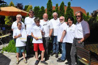 So sehen Sieger aus, sagen die Bewohner von Lind ob Velden. Ihr Dorf ist das lebenswerteste sind sie überzeugt!