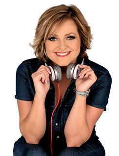 Sängerin Jeannine Rossi lädt zum Open Air ein.