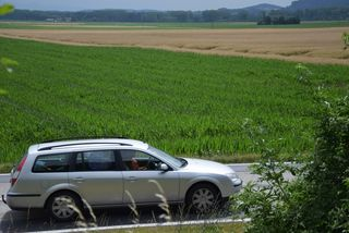 Die Firma Arthofer aus Hartkirchen kaufte das Grundstück in Feldkirchen-Bergheim vor längerer Zeit dem Land OÖ ab. Nun wollen sie Schotter abbauen.