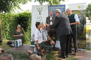 Susanne & Harald Lummerstorfer mit Bezirksjägermeister Burner, Stv. Rathgeb und Pilgerstorfer (Naturschutz).