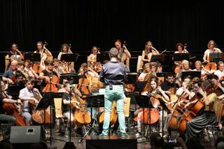 """Musiker aus verschiedensten Bundesländern nahmen am Projekt """"Cellissimo"""" im forumKloster in Gleisdorf teil."""