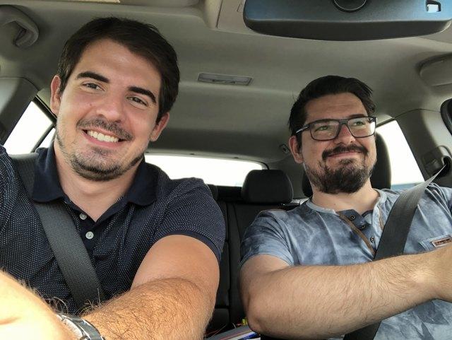 Stefan Liebhart und Peter Zellinger testen: Wie viel Sprit lässt sich mit vorausschauender Fahrweise sparen?