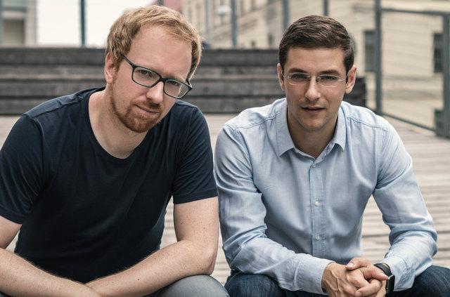 Die beiden Gründer Josef Korntheuer (li.) und Ivan Stojkovic wollen Menschen wieder für Kinobesuche begeistern.