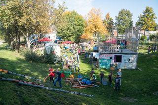 Der Abenteuerspielplatz im Stadtteil Taxham ist seit 30 Jahren ein Platz zum Spielen und Spaß haben.
