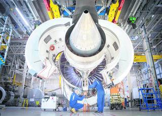 RO-RA Aviation Systems erweitert die Zusammenarbeit mit Rolls Royce im Triebwerksbereich für Boeing und Airbus.
